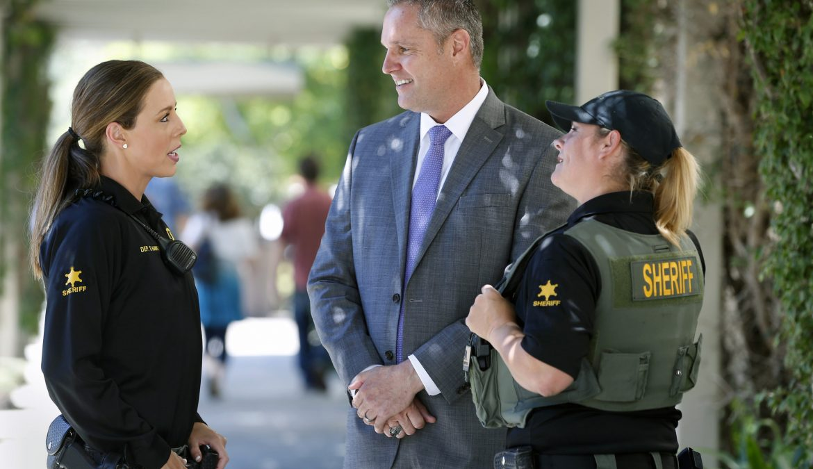OC Political: Sheriff's Race: Barnes Raises Three Times as Much as Harrington